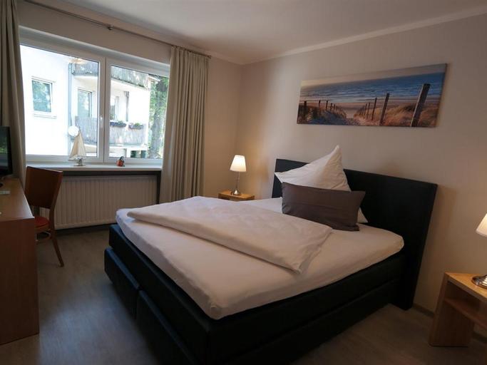 Hotel Lindas, Verden