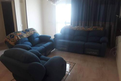 Feel at home, For families only, Al-Khalifa