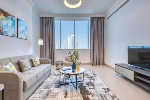 Premium 2BR Apt in the Heart of the City with Burj Views,