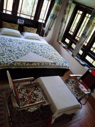 Travelers Homestay & Spa Pahalgam, Anantnag