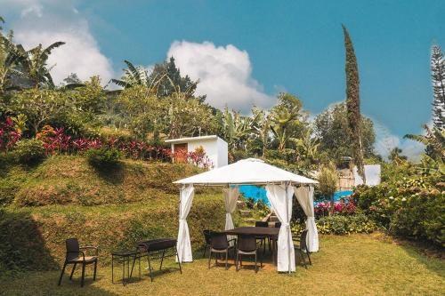 Green Hill Villa, Bogor