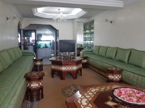 Furnished apartment in the city center and close to the sea, Casablanca