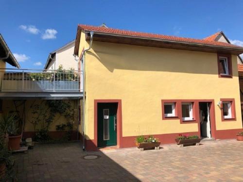 Komplettes 50m² Haus in Woerrstadt inkl. Terrasse, Alzey-Worms
