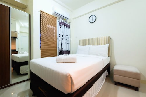 Studio Room at Green Pramuka City Apartment with Mall Access By Travelio, Central Jakarta