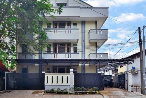Duri Kosambi Syariah, West Jakarta