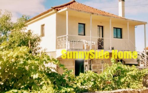 SunnySide Home, Chaves