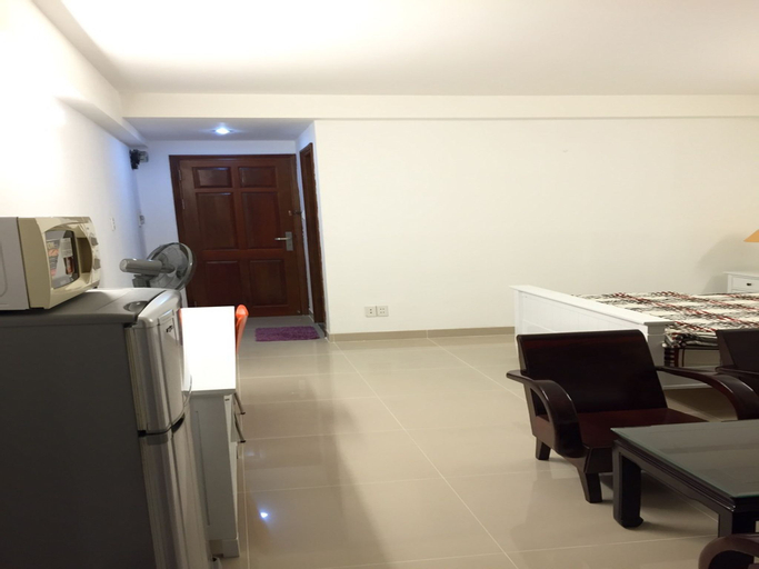 Smiley Apartment 3- M2 One bedroom apartment with window, Quận 1