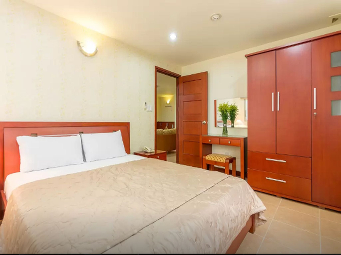 Thien Son Serviced Apt 3-Bedroom with Balcony, Quận 3