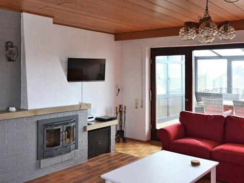 Spacious Holiday Home in Neukirchen with Forest Nearby, Waldeck-Frankenberg