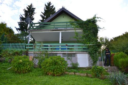 House with 3 bedrooms in Sveta Nedelja with wonderful city view enclosed garden and WiFi, Sveta Nedelja