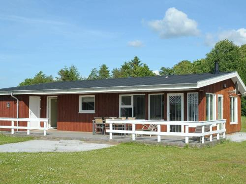 Three-Bedroom Holiday home in Hovborg 2, Vejen