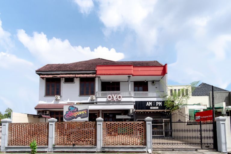Sleepover Serayu, Medan