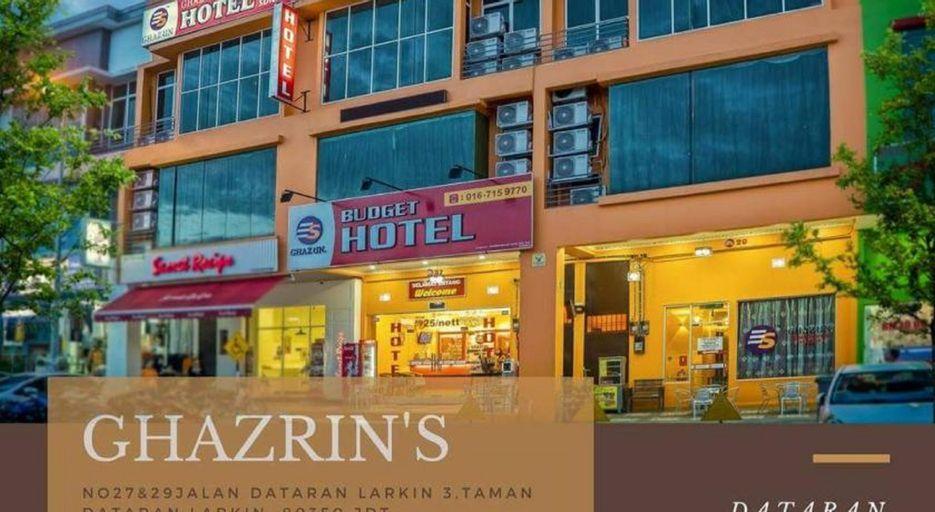 Ghazrin's Dataran Larkin, Johor Bahru