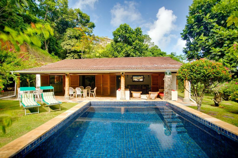 Cote Sud Self Catering Bungalows,