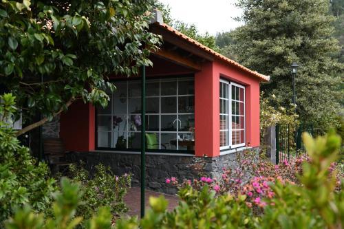 Casas de Pedra, Santa Cruz