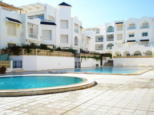 Apartment with one bedroom in Nabeul with shared pool and WiFi 50 m from the beach, Hammamet