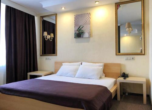 Hotel Elista, Elista
