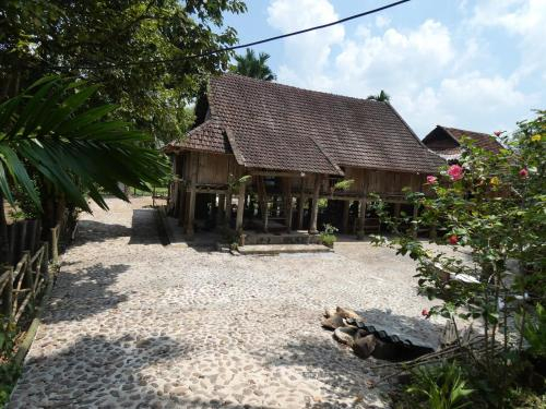 Muong Bi Homestay, Tân Lạc