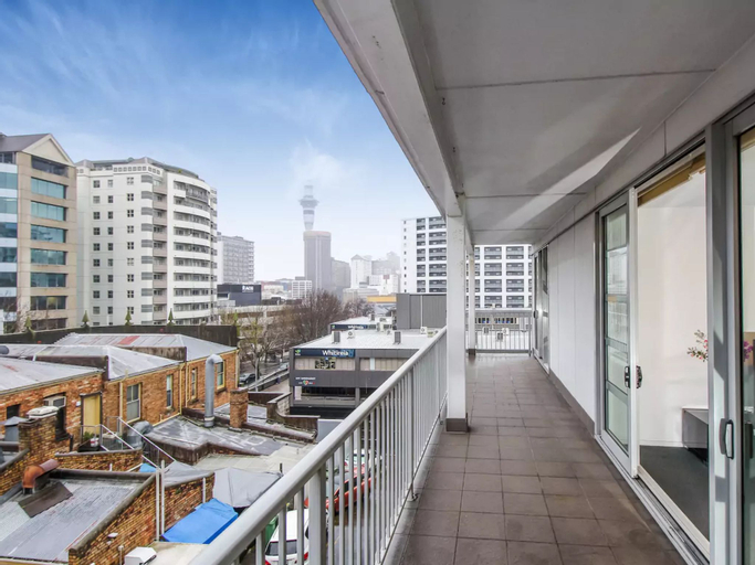 Spacious 3 Bedroom Apartment in the Heart of City, Waitakere