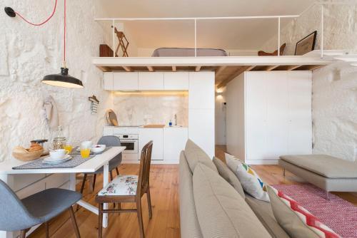 LovelyStay - Cativo Mezzanine Studio, Porto