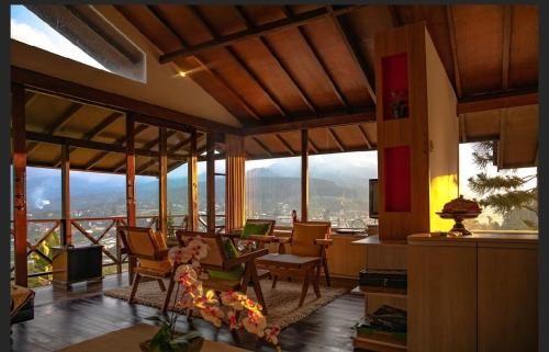 Bali Lakeside Villa, Tabanan