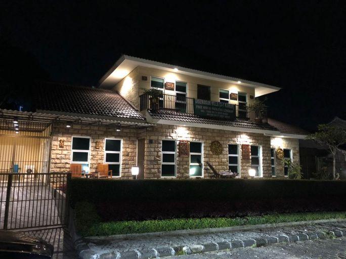 Villa Green Apple Blok N/14, Cipanas, Puncak, Cianjur