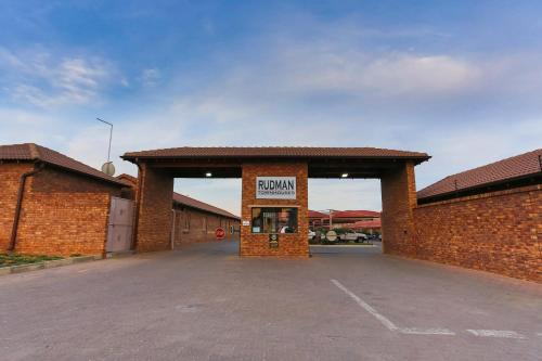 Rudman Townhouses - East Rand near OR Tambo Airport, Ekurhuleni