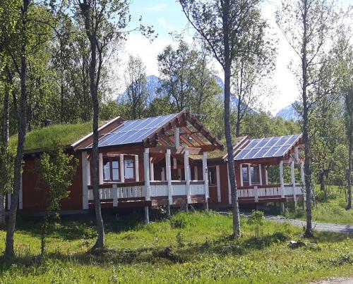 Svensby Tursenter, Lyngen