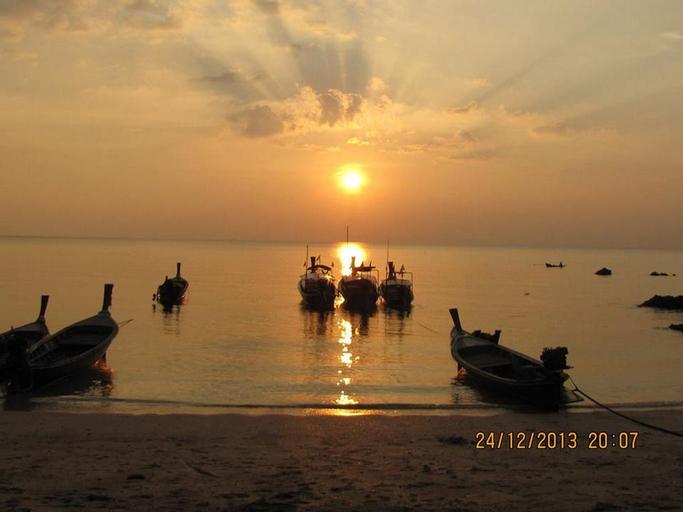 KOH JUM SEA BEACH RESORT, Nua Khlong