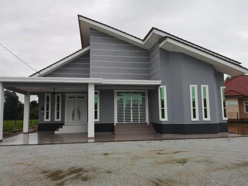 5 Star Family Villa, Besut