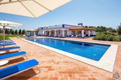 Boliqueime Villa Sleeps 6 Pool Air Con, Albufeira