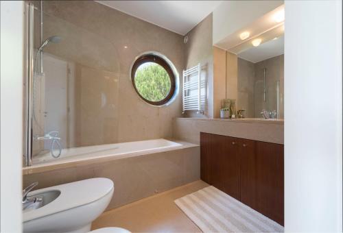 Atlantic House - Waterfront Luxury Home, Vila Nova de Gaia