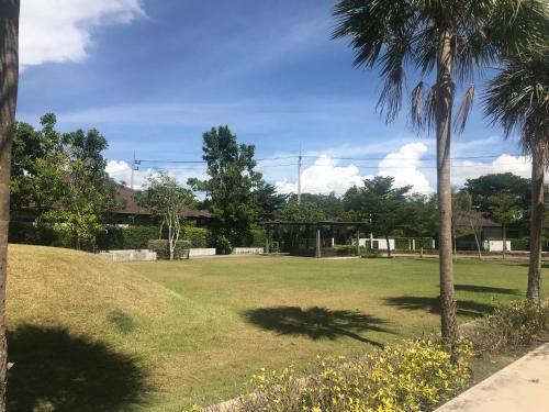 Panalee banna garden villa in pattaya ( no private swimming pool), Bang Lamung