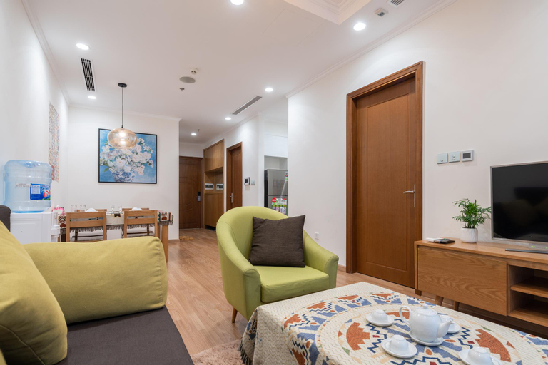 The March House No.1 * 2 Bedrooms * Park Premium, Hoàng Mai