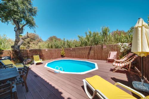 House with 3 bedrooms in Albufeira with wonderful city view private pool furnished terrace 1 km from, Albufeira