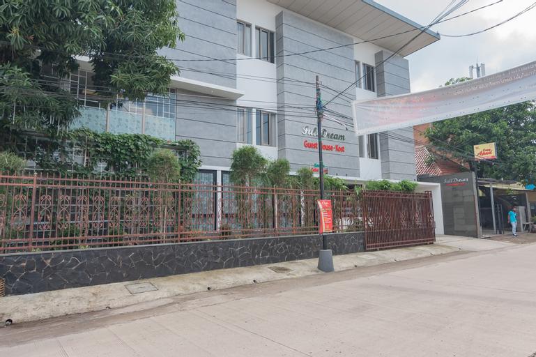RedDoorz Plus @ Cirebon City Center, Cirebon