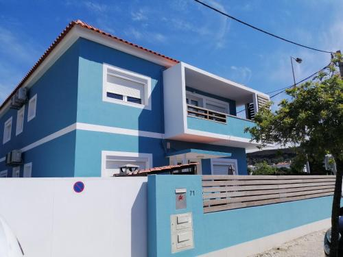 Lisbon Beach Apartments 8, Almada
