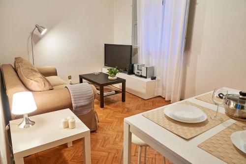 Lovely home in the center, Évora