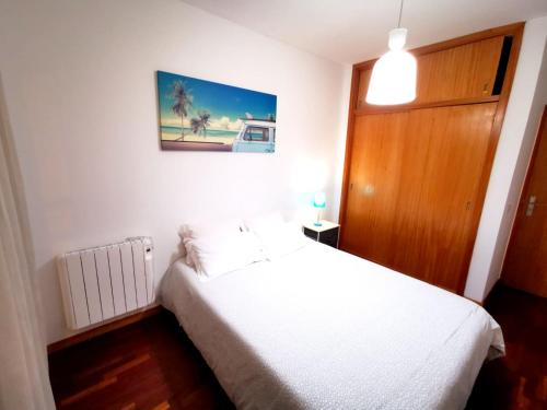 Apartment with 2 bedrooms in Braga with wonderful city view balcony and WiFi 40 km from the beach, Braga