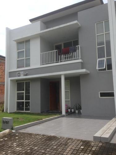 SleepRest @ The Home Shoutlink, Batam