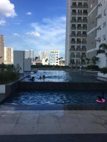 Ayala condo in avenida, manila, near china town area, Manila