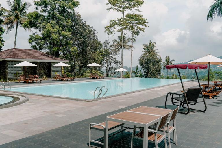 LOT449 Glass House, Bogor
