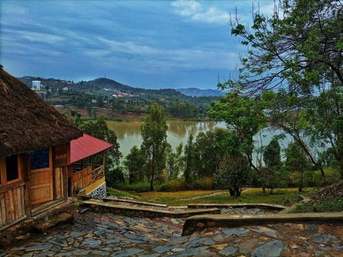 Spa Shallum, Karongi