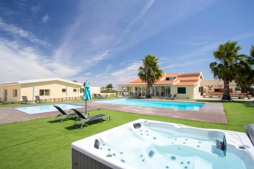 House with 10 bedrooms in Palmela with private pool enclosed garden and WiFi 23 km from the beach, Palmela