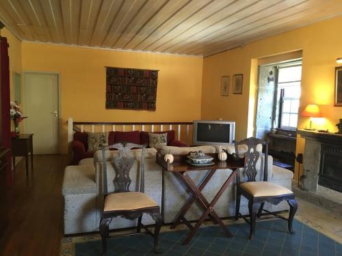 Casa de Sao Vicente de Cima, Póvoa de Lanhoso