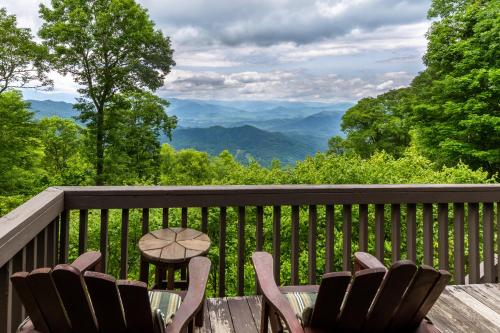2 Bed 2 Bath Vacation home in Whittier VI, Jackson