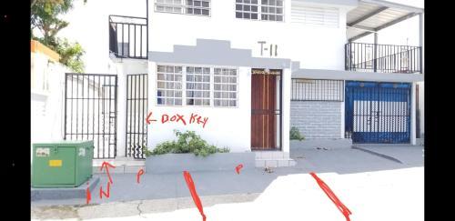 M/H House,