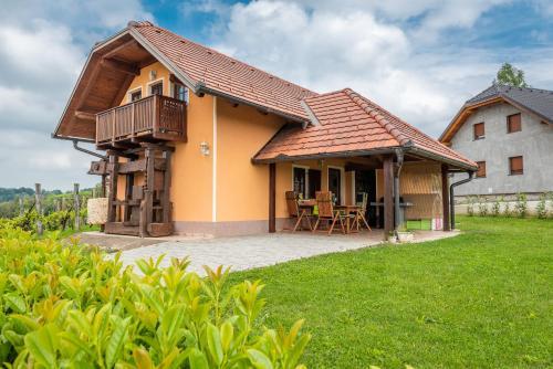 Wineyard getaway house, Sevnica