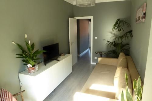 Charming apartment with 2 bedrooms, full of light, Loures