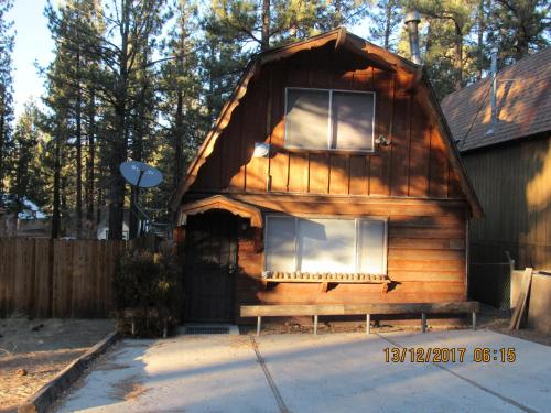 Hodge Podge Lodge, San Bernardino